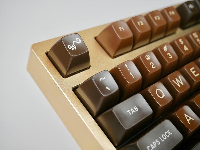 golden_chocolatier5