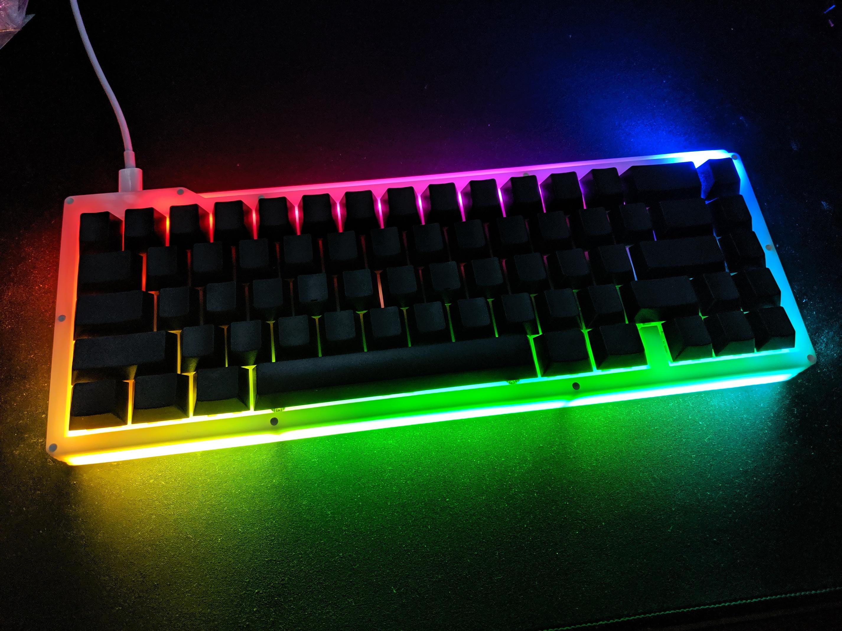 POM Kayak typing test and build info - Custom keyboards