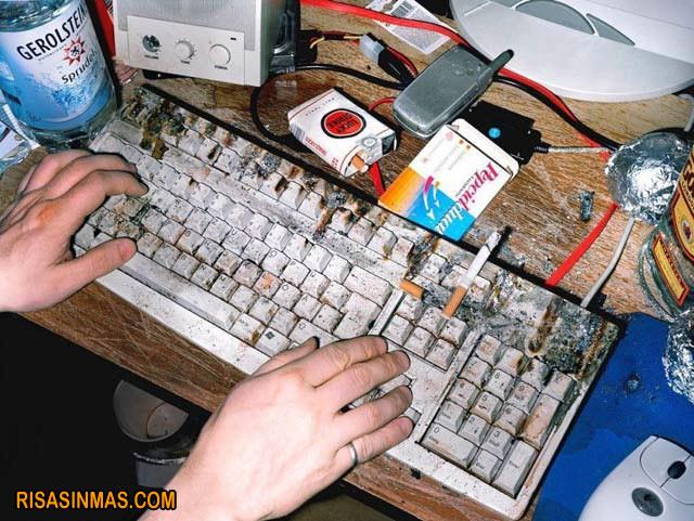 posiblemente-el-teclado-mas-sucio-del-mundo-rsm